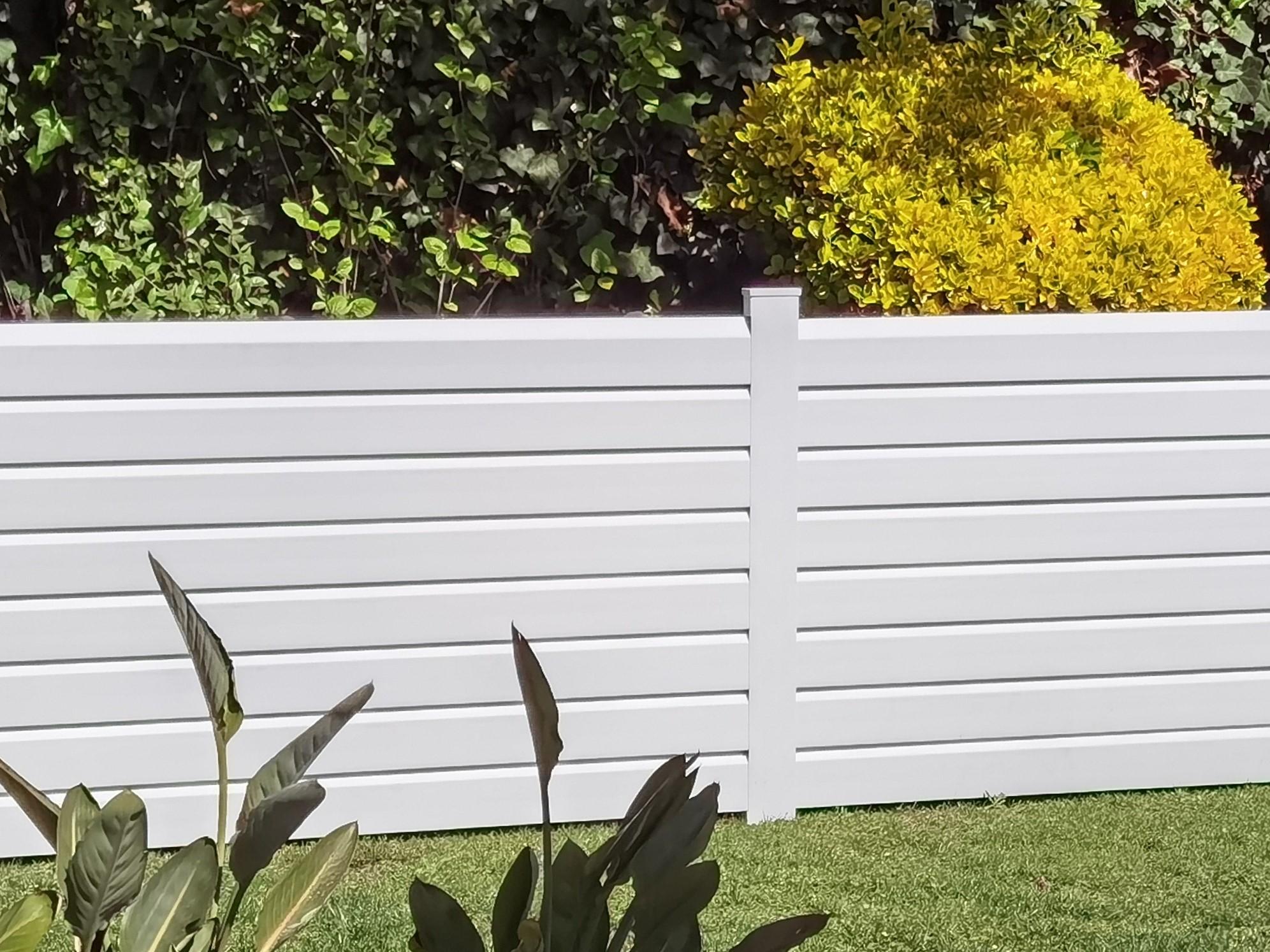 vallas de pvc para jardin